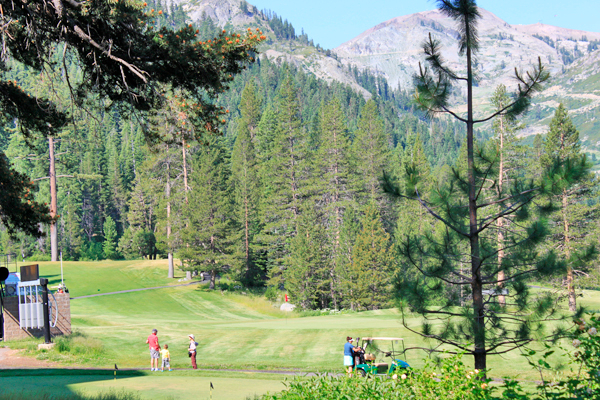 lake tahoe golf resorts