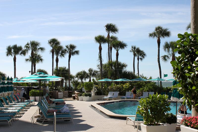 Sarasota beach resort pool - Longboat key club