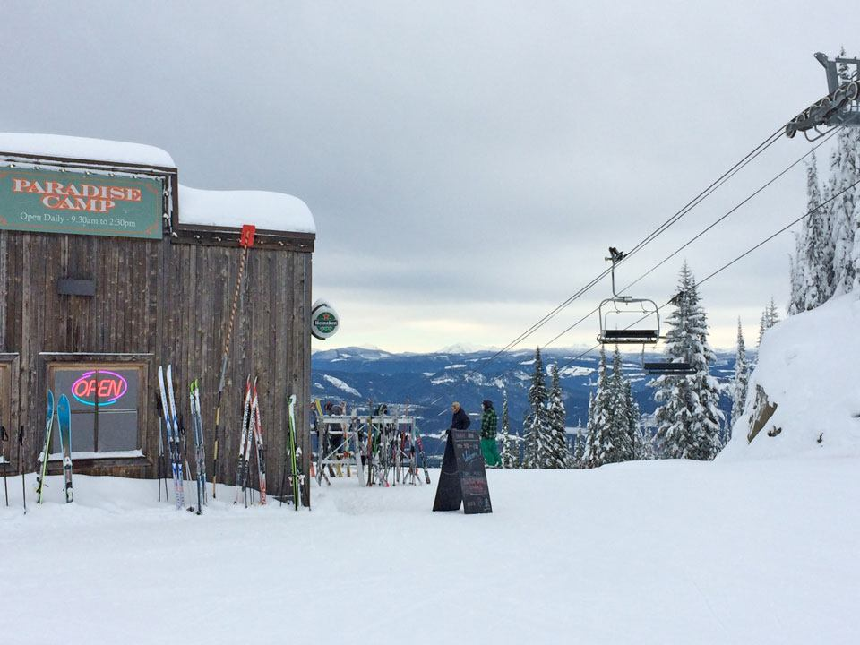 paradise-camp-lift