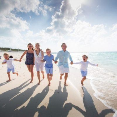luxury-travel-mom-blog-kim-marie-evans-flytographer-evans_0105 regent palms, turks and caicos